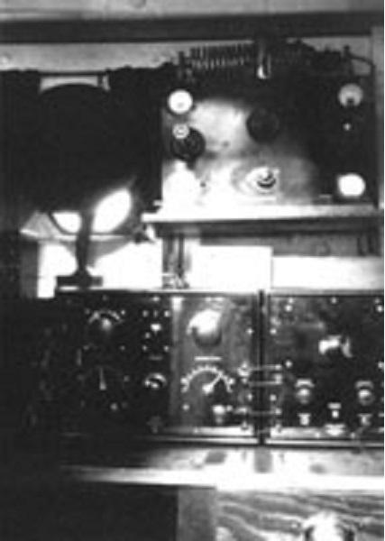 /st_roch_radio_room_1928_1929 x300.jpg